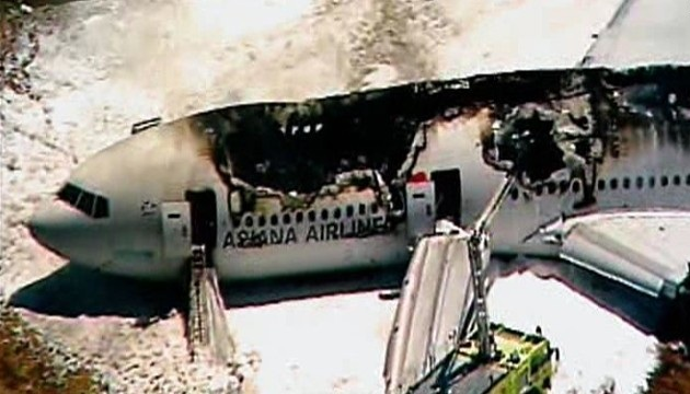 Boeing 777 crashed and burned